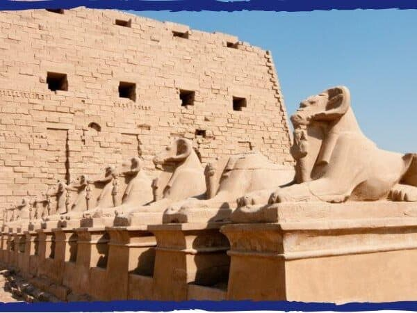 Karnak capa
