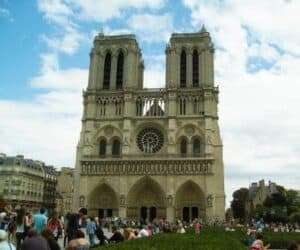 the history of gothic architecture