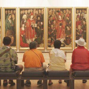curadoria de arte what is an exhibition