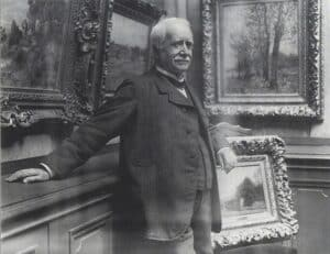 Photograph of Paul Durand-Ruel in his gallery, by Dornac, 1910, archives Durand-Ruel © Durand-Ruel & Cie